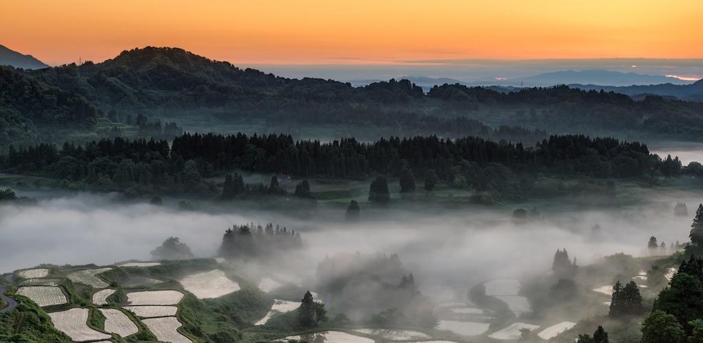 星峠は棚田と雲海を撮影できる有名な絶景スポットで星空撮影も可能
