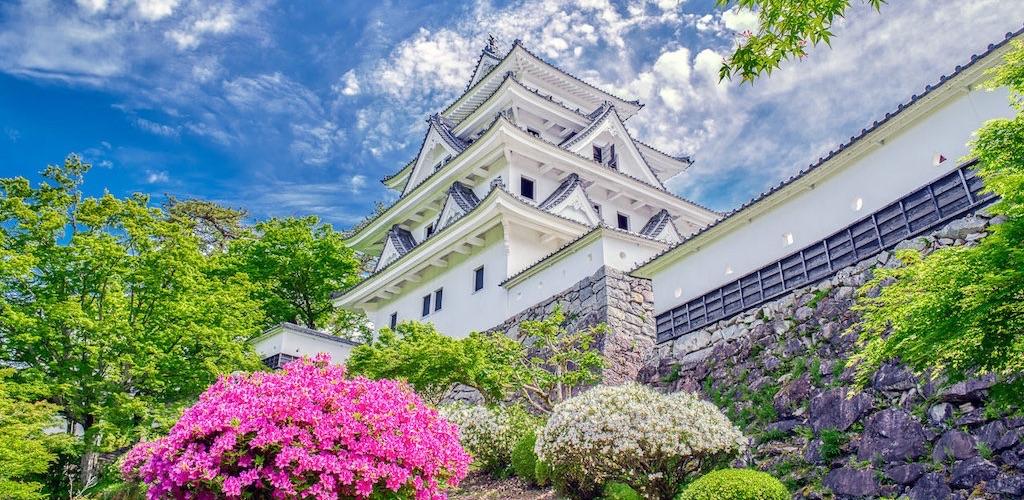 日本最古の木造建造物の郡上八幡城