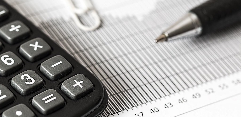 ストックフォトの税金について